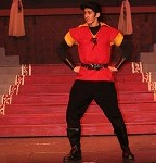 Gaston Act I